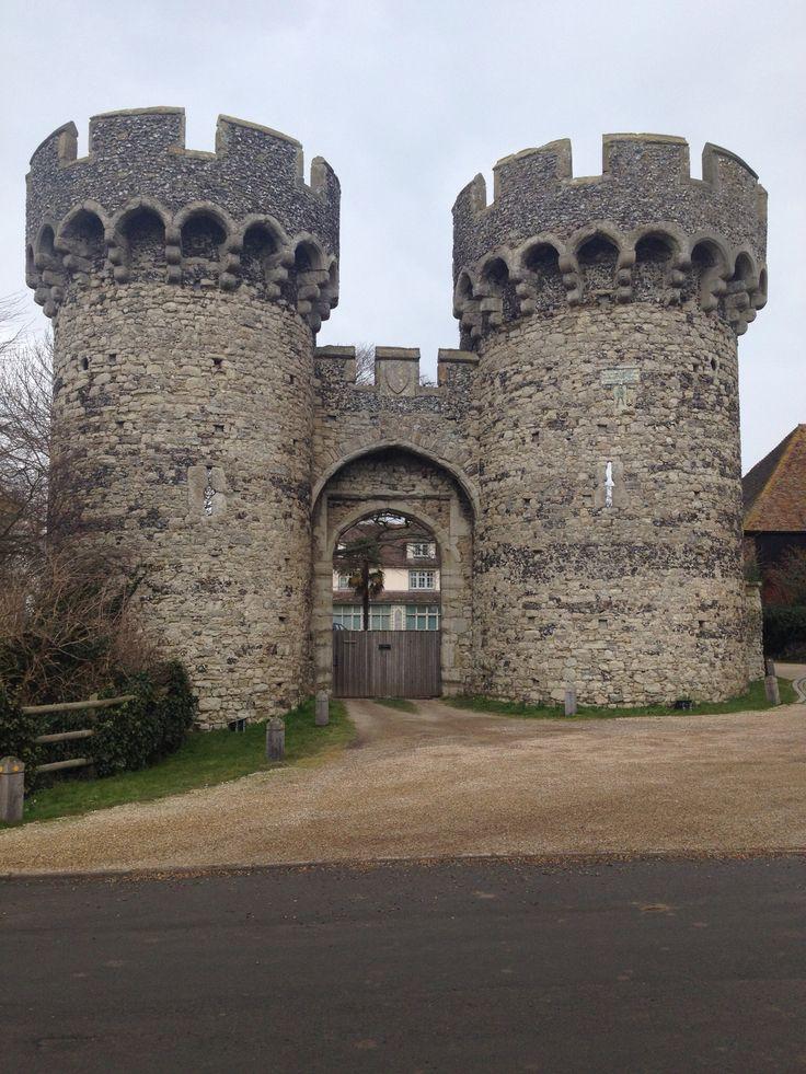 Cooling castle gatehouse 91 best Cooling
