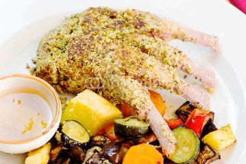 recipe with lamb cutlet cooked with pistachio crust and grilled