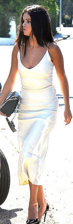 Selena Gomez wearing Atea Oceanie