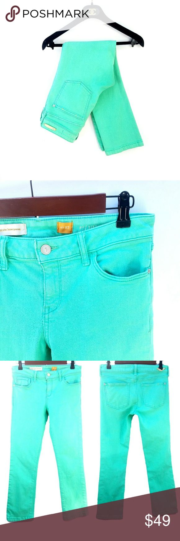 Anthropologie Stet Crop Turquoise Jeans Pilcro and the Letterpress, a green/turquoise color Outerseam 33 in Inseam 25 in Waist 15 in Rise 8.5 in Excellent condition  Feel free to ask me any additional questions! No trades, or modeling. Happy Poshing! Anthropologie Jeans Ankle & Cropped