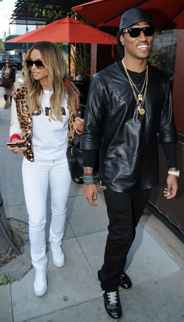 How is ciara dating 2013