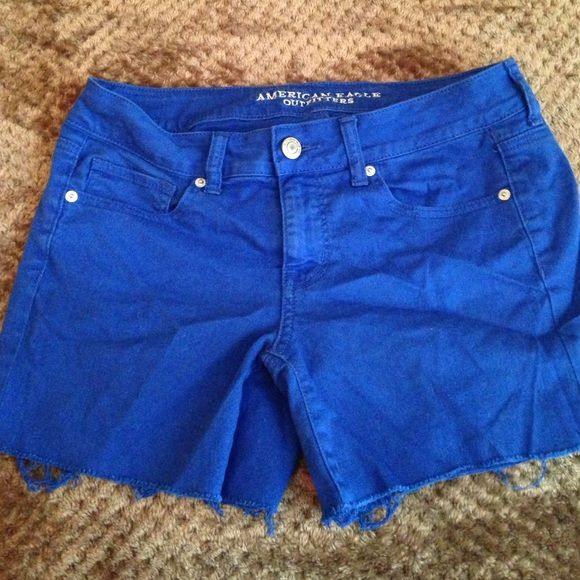 American Eagle Royal Blue Shorts Royal blue shorts with jagged ends. Can be rolled up. Hardly worn. Like new. American Eagle Outfitters Shorts Jean Shorts