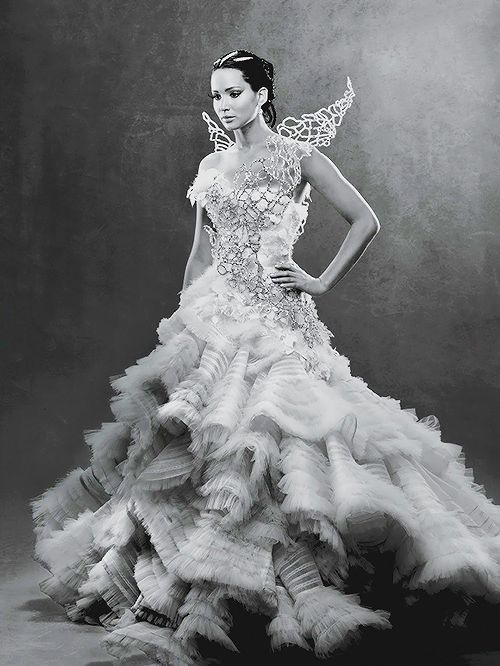 The Hunger Games - Catching Fire. This dress is the most amazing thing in the whole movie