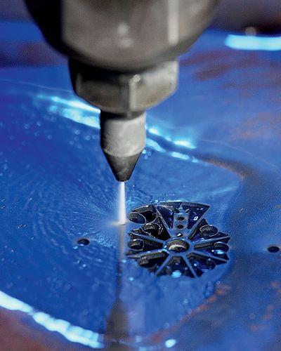 Гидроабразивная резка камня - точность и чистота результата
