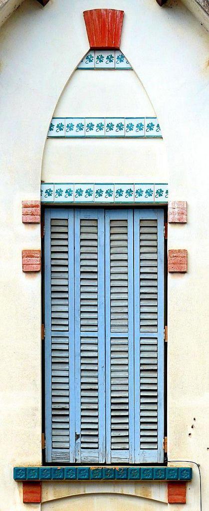 Casa Joan Busquets  1906  Architect: Pere Bosch i Cardell