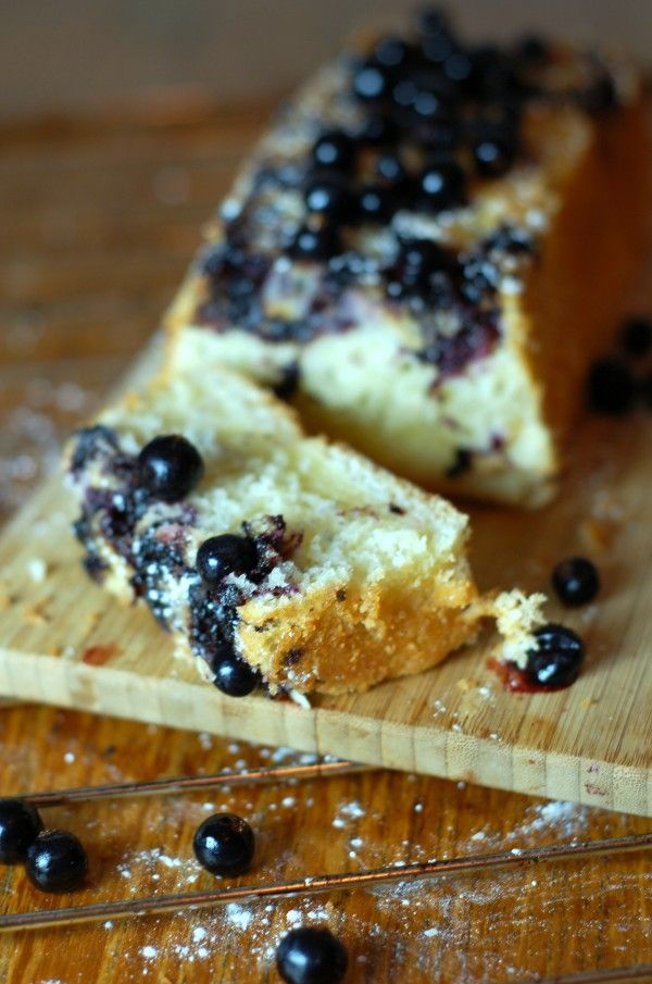 Glutenfri, fettfri OCH mjölkfri! http://blogg.amelia.se/sotasaker/2015/01/09/godaste-kakan-utan-gluten-fett-eller-mjolk/