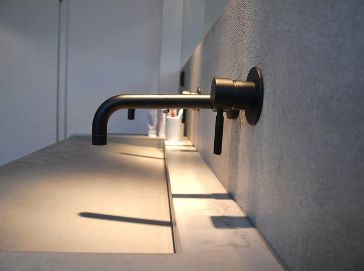 Design Armatur Serie OXO II schwarzmatt Projekt