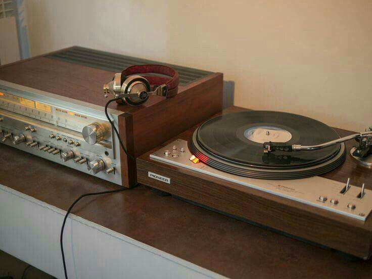 Vintage Pioneer Hi-Fi System