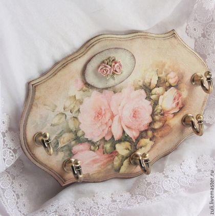 """Handmade corredor.  Mestres Feira - handmade governanta do painel """"Ternura de rosas.""""  Handmade."""