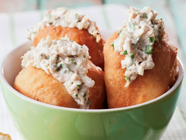From the YOU kitchen: Chicken mayonaise vetkoek