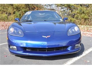 2006 #Chevy #Corvette Coupe - blue, 6-speed manual, V8.   www.chevroletcorvetteusa.com