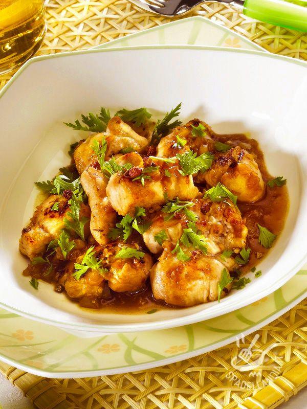 I Bocconcini di pollo al lime sono ottimi e molto raffinati con la loro marinatura a base di scalogno, zenzero, lime, rosmarino e timo!