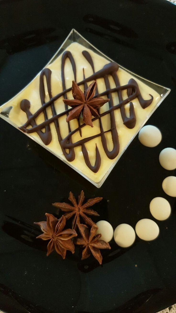 Semifreddo al cioccolato bianco ed anice stellato...
