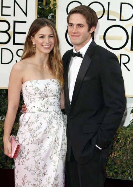 New Couple Alert Supergirl Co Actors Chris Wood And Melissa Benoist Confirmed Dating Strapless Dress Formal Melissa Benoist Blake Jenner