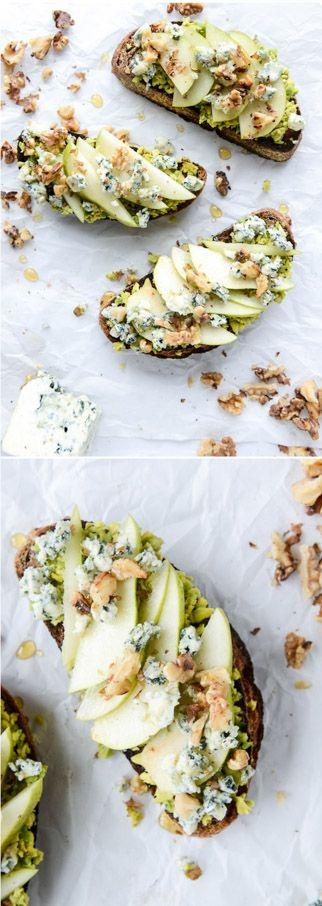 Autumn Avocado Toasts I howsweeteats.com