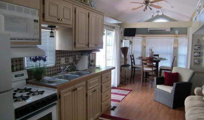 Dining Room And Kitchen Combined Ideas In Mobile Homes