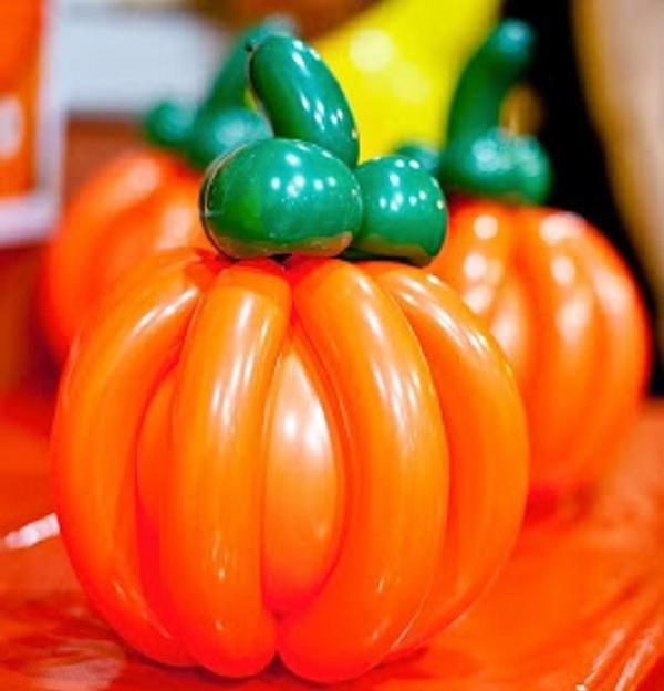 C mo hacer una calabaza de halloween con globos - Hacer calabaza halloween ...