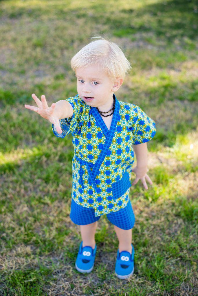 New to PinkMouseKids on Etsy: Jinbei - Little Boy Outfits - Ninja Birthday - Summer Shorts - Boy Shorts - Short Set - Karate Kid - sizes 2T 3T 4T 5 6 7 8 10 years (39.00 USD) #kidsfashion #handmade #kidsclothes #poshpeanutkids #pinkmousekids