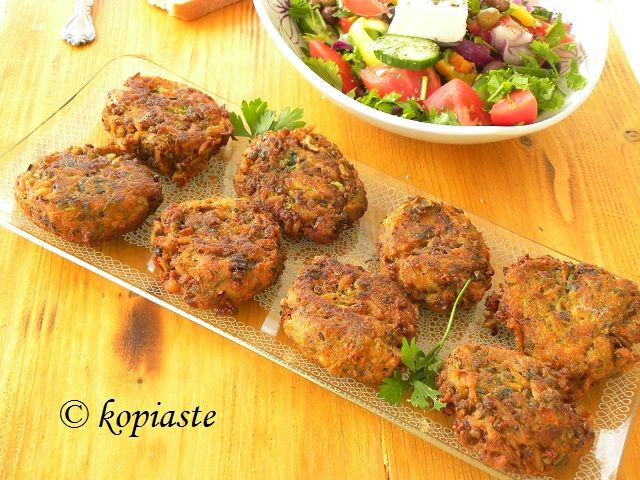 These Veggies Burgers can be made with practically any vegetables. You can serve them as an appetizer, a side dish or a main dish with Greek Salad and a dip. http://kopiaste.org/2014/10/greek-veggie-burgers-cream-cheese-dip/  Τα μπιφτέκια αυτά μπορούν να γίνουν με οποιαδήποτε λαχανικά έχετε στο ψυγείο. Σερβίρονται σαν μεζεδάκι, συνοδευτικό ή κυρίως φαγητό με μια σαλάτα. http://www.kopiaste.info/?p=12641