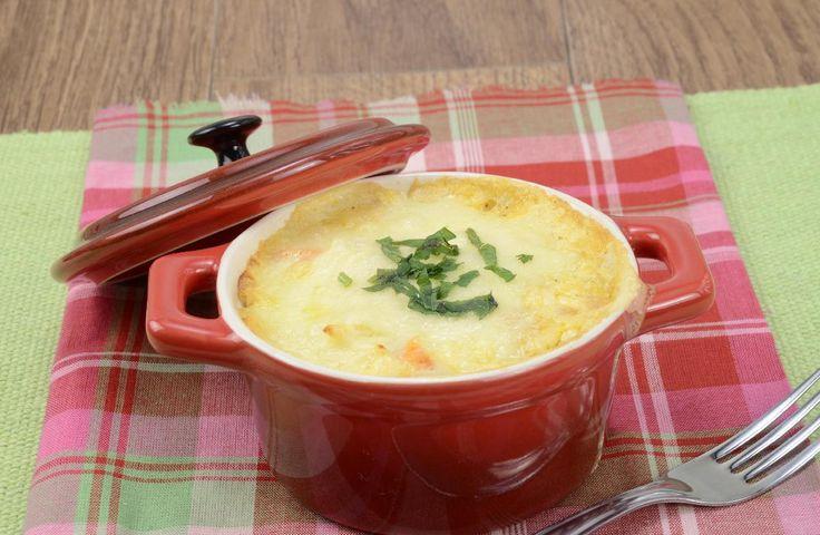 Clique e veja a receita de Minifricassê de frango! Também veja dicas de como fazer Minifricassê de frango com ingredientes deliciosos e se tornar um verdadeiro chef de cozinha!