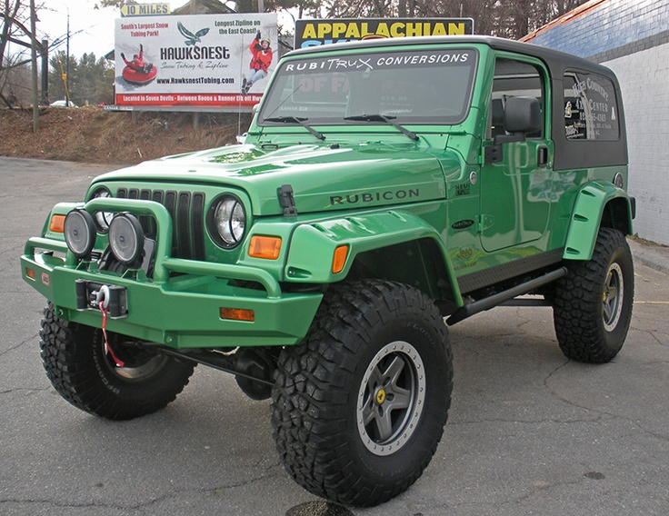 2004 electric lime green jeep wrangler unlimited with a. Black Bedroom Furniture Sets. Home Design Ideas