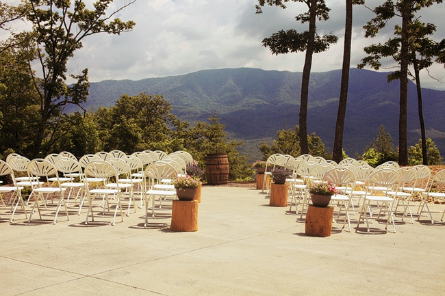 Smoky mountain wedding- The Wilderness Lodge Gatlinburg, TN  photographer : Contrastphoto-http://contrastphoto.net/