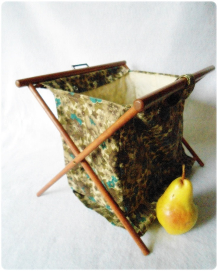 Knitting Bag Stand : Folding vintage knitting crocheting sewing yarn tote