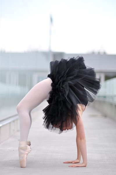 Pointe shoes & Tutus <3