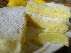 Torta soffice al limone in 15 minuti nel microonde