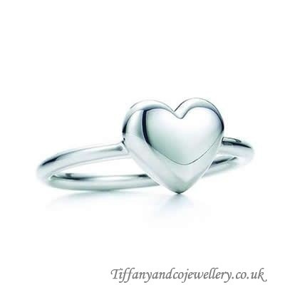 http://www.tiffanyandcocheap.co.uk/superb-tiffany-and-co-ring-heart-wire-silver-055-onlinestore.html#  Good-looking Tiffany And Co Ring Heart Wire Silver 055 Sales