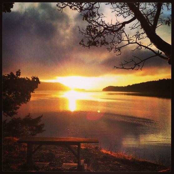 A #morningmagic sunrise: Medicine Beach on Pender Island, via @Debbie Guzman.