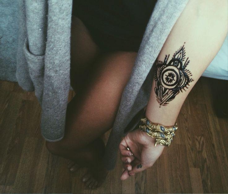 Henna art mehendi