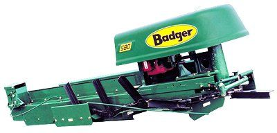 Badger Barn Equipment | Badger Barn Cleaners & Chain | Ruf's Farm Service