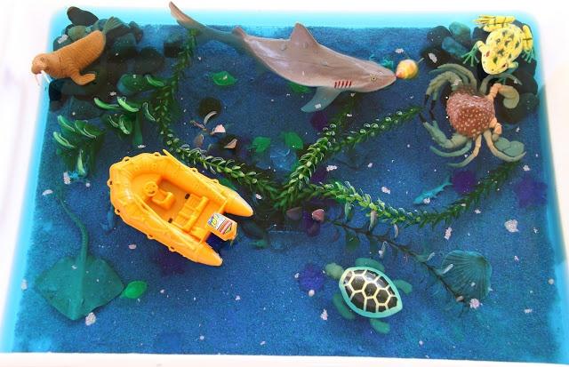 INVITATION TO PLAY - OCEAN SENSORY BIN