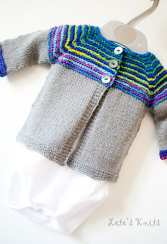 Top Down Baby Sweater w/sock yarn Ravelry: Linnie pattern by Justyna Lorkowska  #knitting  #babysweater