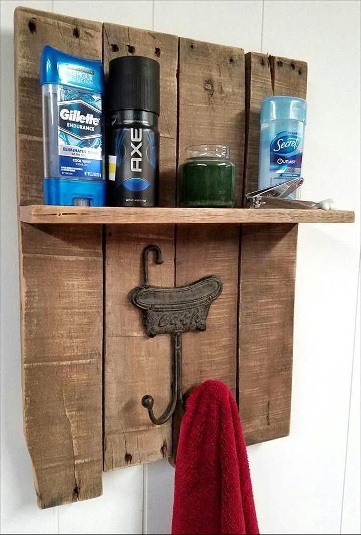best 25 pallet towel rack ideas on pinterest rustic towel rack diy ladder and blanket holder. Black Bedroom Furniture Sets. Home Design Ideas
