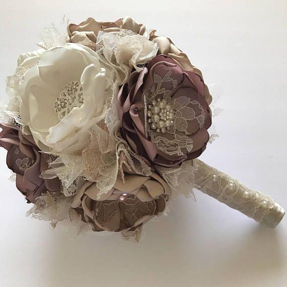 Champagne malva e crema Bouquet fiori matrimonio tessuto