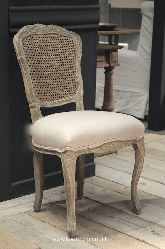 stoel in 18e eeuwse Franse stijl