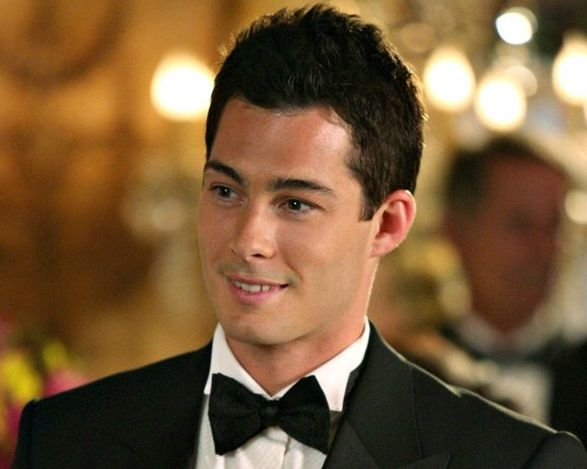 "Brian Hallisay is joining the upcoming fourth season of ""Revenge"" in the recurring role of Ben, a new friend of Jack's and a local cop.   Premieres Sunday, 09/28/14, 9PM  CST."