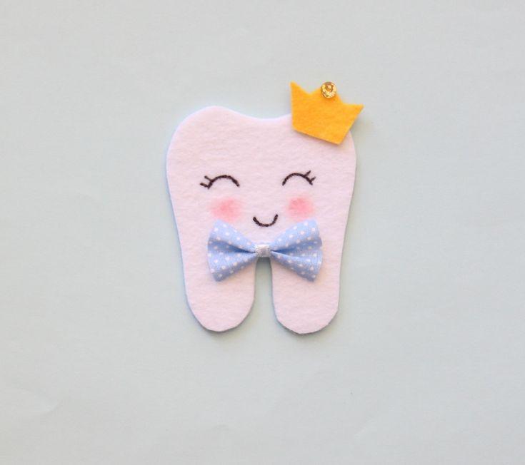 Diş hediği, bebeğin ilk çıkan dişini kutlamak amacıyla hazırlanır. Diş hediği yapılmasının amacı çocuğun iri, sağlam ve düzgün dişlere sahip olmasını..