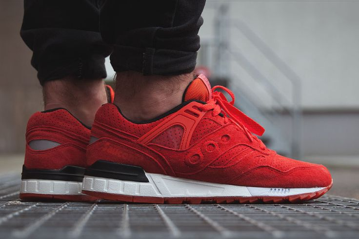 Saucony Courageous: Burgundy | Sneakers: Saucony | Pinterest | Footwear,  Sneaker heads and Crepes