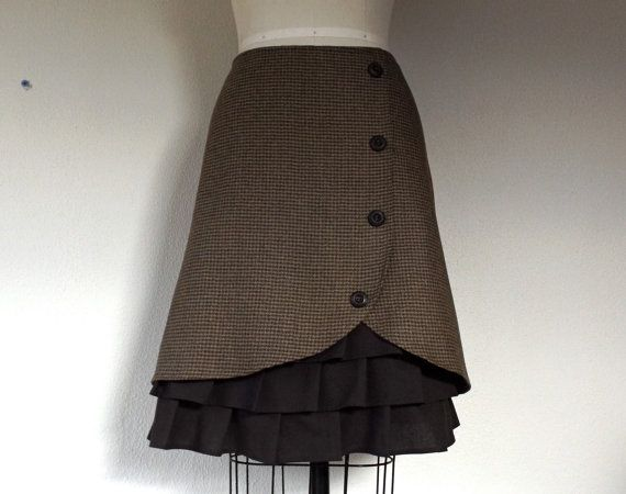 Marta wool ruffle front skirt Sz 8 by LoveToLoveYou on Etsy