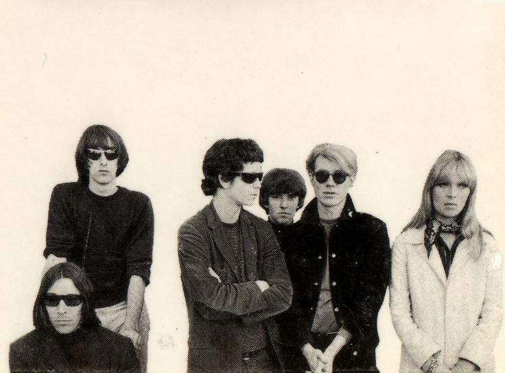 The Velvet Underground // Andy Warhol // Fashion // Music // Art Gotta love the sunglasses.