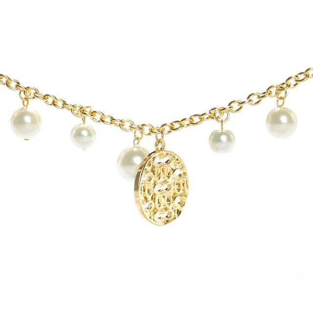 Coach Pearl Logo Circle Gold Necklaces CYG dokuz limited offer,no taxes and free shipping.#handbags #design #totebag #fashionbag #shoppingbag #womenbag #womensfashion #luxurydesign #luxurybag #coach #handbagsale #coachhandbags #totebag #coachbag
