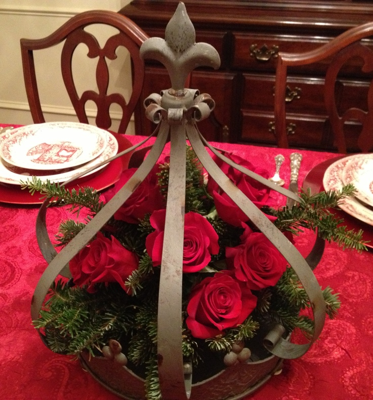 love this crown centerpiece for my christmas table  til homemade centerpiece for christmas table diy centerpiece for christmas table