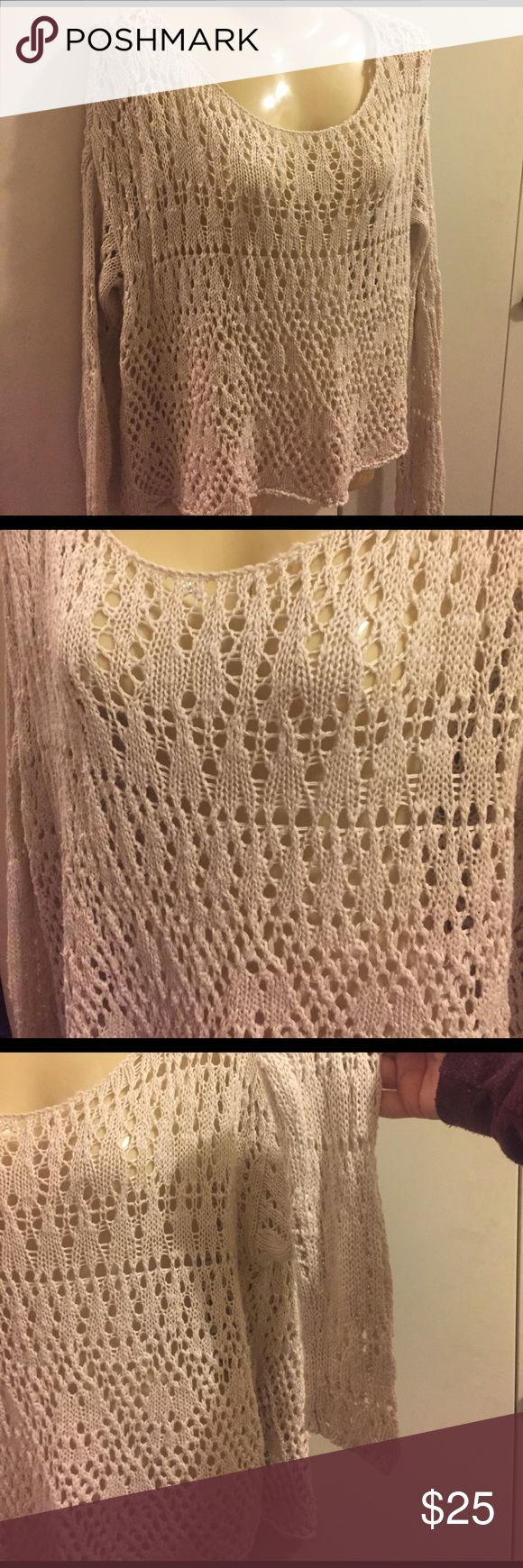 A&F loose knit sweater Beige colored loose knit sweater from Abercrombie & Fitch. Size M/L but would fit a medium best (a&f runs small) Abercrombie & Fitch Sweaters Crew & Scoop Necks