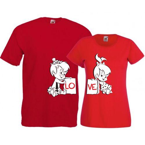 Tricouri pentru cuplu LoveTricouri pentru cuplu cu mesajul Love scris pe cele doua tricouri. Tricourile sunt de aceeasi culoare (daca doriti alte culori specificati in comanda), iar marimile pot fi selectate separat.  Pret: 48 ron