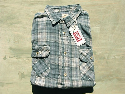 """Splendid Levi's Vintage Clothing Shirt in """"Goblin Blue"""""""