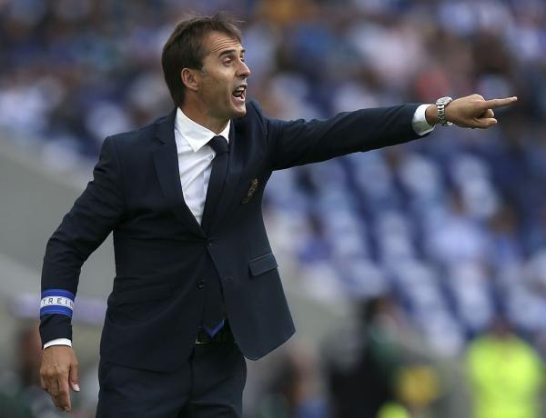 """FC Porto Noticias: Lopetegui: """"Comentar arbitragens não é o meu traba..."""
