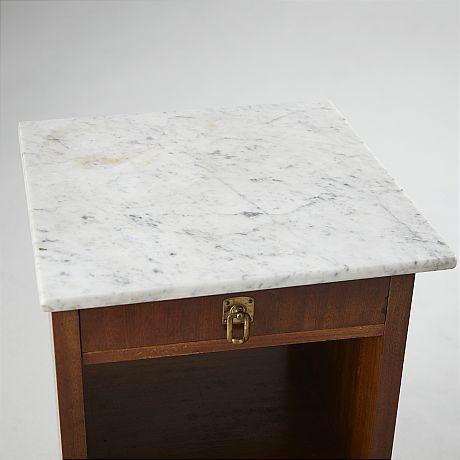 Bildresultat för sängbord trä marmor